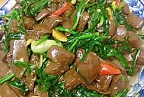 #我们约饭吧#韭菜炒鸭血的做法