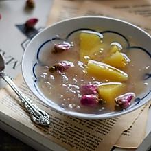 来一碗玫瑰菠萝银耳汤