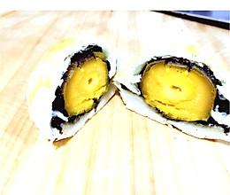 酥掉渣的蛋黄酥#手做月饼#的做法