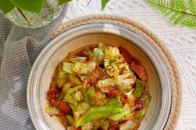 超级下饭❗️简单好做的‼️小炒包菜