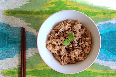 普洱茶香糙米饭