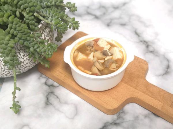 白蘑菇豆腐汤的做法