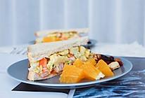 鸡蛋虾仁三明治的做法