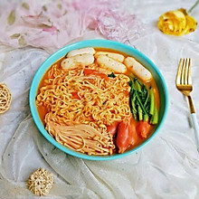 好吃到舔盘子的泡面火锅#好吃不上火#