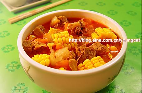 红汤牛腩的做法