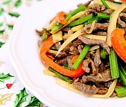 家常菜-微波炉之芹菜炒牛肉(零失败)的做法