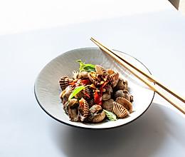 泰式九层塔酱炒雪蛤的做法