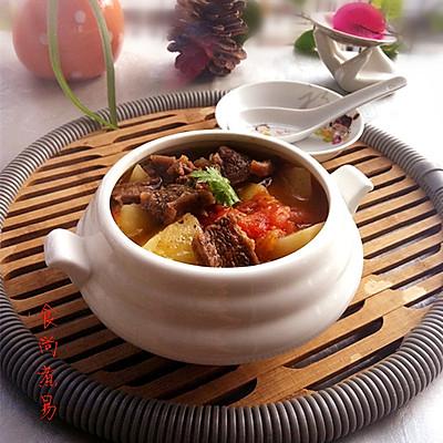 无法抗拒的美食——番茄土豆炖牛腩