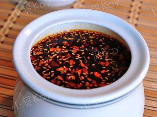 秘制辣椒油的做法