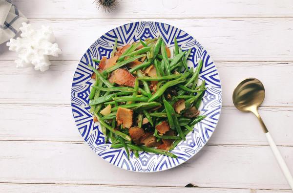 春季开胃菜-刀豆炒腊肉的做法