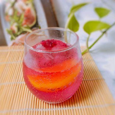 火龙果气泡饮