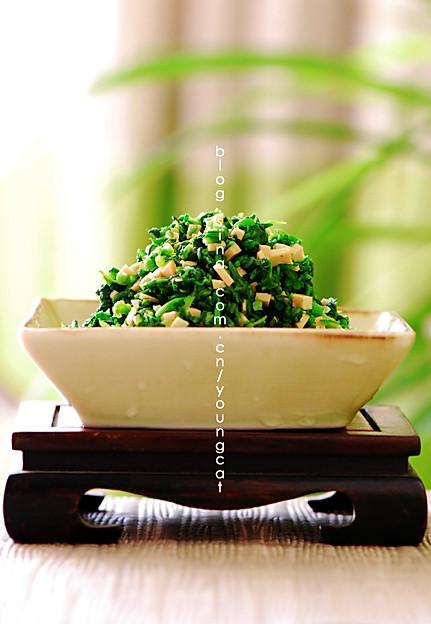 荠菜拌香干的做法