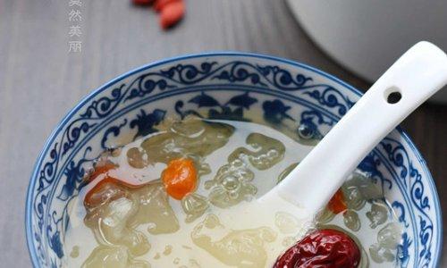 冰糖红枣银耳汤的做法