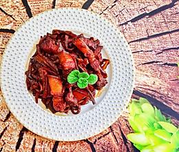 #秋天怎么吃#萝卜干红烧肉的做法