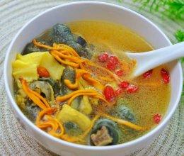 #餐桌上的春日限定#乌鸡花胶金虫草炖汤。的做法