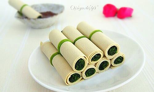 菠菜豆皮卷的做法