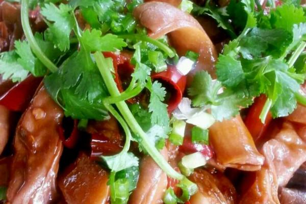 李孃孃爱厨房之——红烧猪肚子的做法