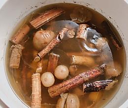 五指毛桃炖猪筒骨汤的做法