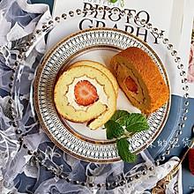 #今天吃什么#好吃又好看的草莓奶油蛋糕卷