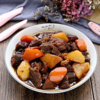 胡萝卜土豆炖牛肉