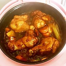 雞腿香腸燜鍋