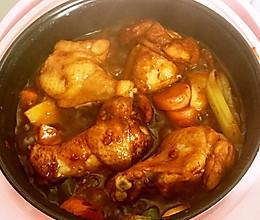鸡腿香肠焖锅的做法