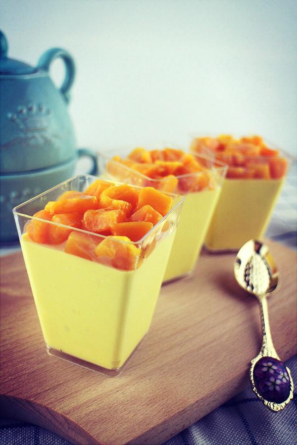 芒果冻芝士杯