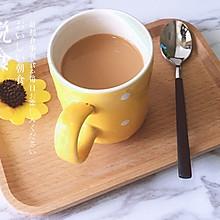 在家也可以做:港式热奶茶
