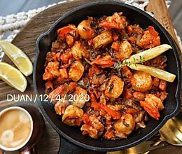 #换着花样吃早餐#茄汁白葡萄酒海鲜烩野米的做法