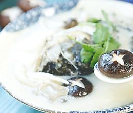 集齐7种菇类,你就可以召唤这条不屈的鱼头王了!的做法