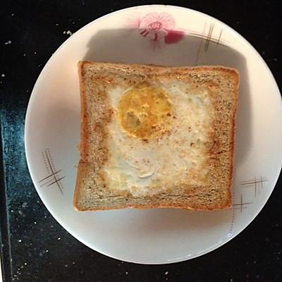 美味早餐:鸡蛋吐司汉堡