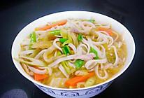 竹笋煮面条的做法