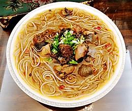红烧乌鸡汤炖粉条的做法