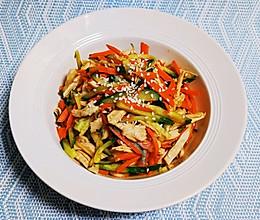 10分钟超级减肥大餐之凉拌三色鸡丝,美味爽口,低脂减肥!的做法