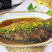 煎鱼不粘锅技巧~铁锅干烧鱼