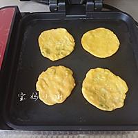 葱花玉米面饼的做法图解8