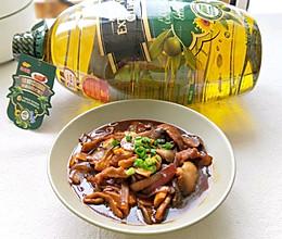 #白色情人节限定美味#肉片炒洋葱蘑菇的做法