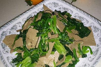 菠菜拌猪肝