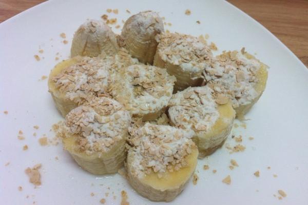 麦片炼乳香蕉的做法
