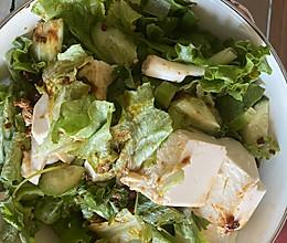 不需要厨艺的减脂晚餐——凉拌青菜的做法
