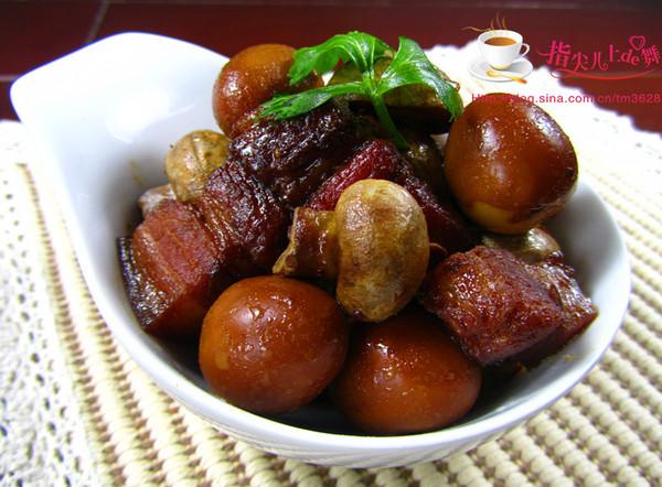 【家常菜】口蘑鹌鹑蛋烧肉