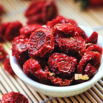 春季减肥美容的低脂小零食——自制酸甜弹牙的小蕃茄干