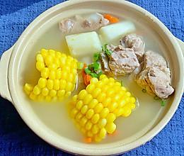 秋天一定要喝滋润去躁营养滋补山药玉米排骨汤的做法