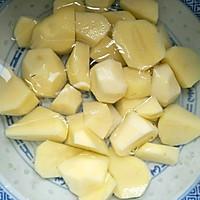 红烧土豆鹌鹑蛋#就是红烧吃不腻!#的做法图解5