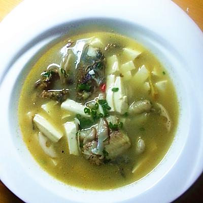 昂刺鱼豆腐汤