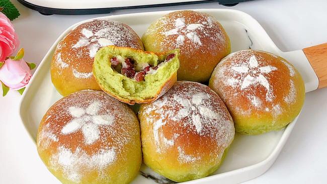 吃一次就爱上‼️抹茶红豆奶酪面包的做法