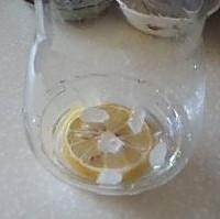 最适合女性月经期喝的茶——玫瑰花茶的做法图解2