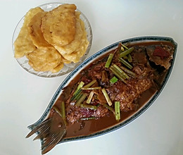 草鱼锅饼的做法