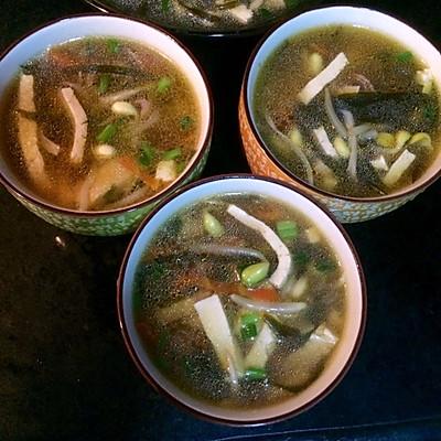 火腿蘑菇豆腐汤