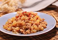 洋葱土豆烩鸡丁-迷迭香的做法